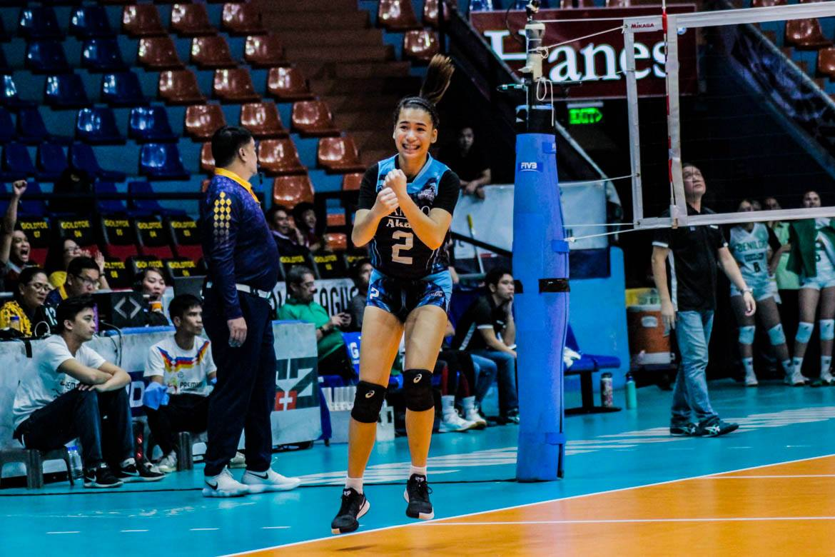 Tiebreaker Times Genesis proves clutch as Adamson outlasts St. Benilde to force Game Three AdU CSB News PVL Volleyball  Trisha Genesis Saint Benilde Women's Volleyball rizza cruz Lucille Almonte Lorene Toring Lerma Giron Klarisa Abriam Jerry Yee Gayle Pascual Adamson Women's Volleyball 2019 PVL Season 2019 PVL Collegiate Conference