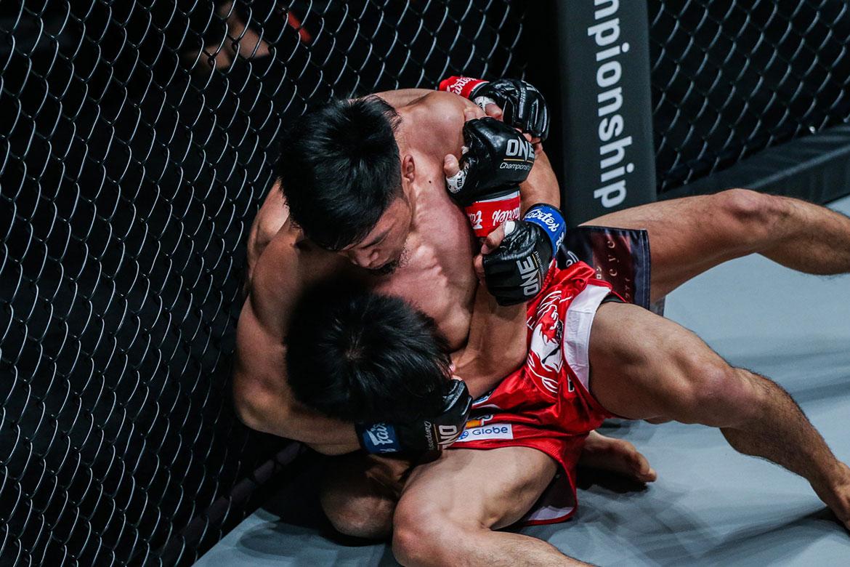 Tiebreaker Times Lito Adiwang makes sensational ONE Championship debut Mixed Martial Arts News ONE Championship  Team Lakay Senzo Ikeda ONE: Century Lito Adiwang