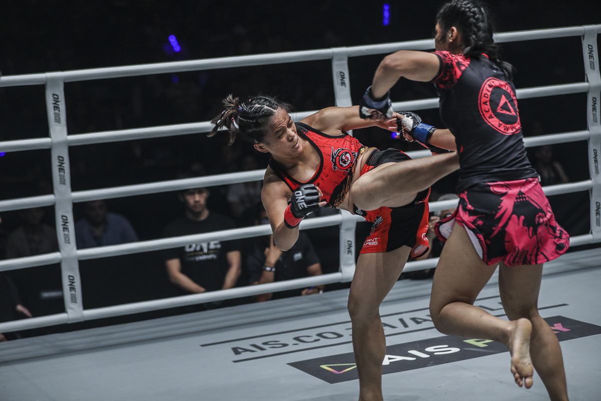 FILE-PHOTO-Gina-Iniong Folayang, three other Team Lakay stalwarts join Pacio in ONE: Fire and Fury Mixed Martial Arts News ONE Championship  - philippine sports news