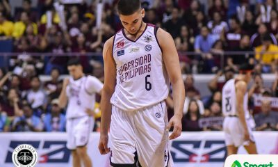 Tiebreaker Times Despite shoulder injury, Kobe Paras still fighting for UP Basketball News UAAP UP  UP Men's Basketball UAAP Season 82 Men's Basketball UAAP Season 82 Kobe Paras Bo Perasol