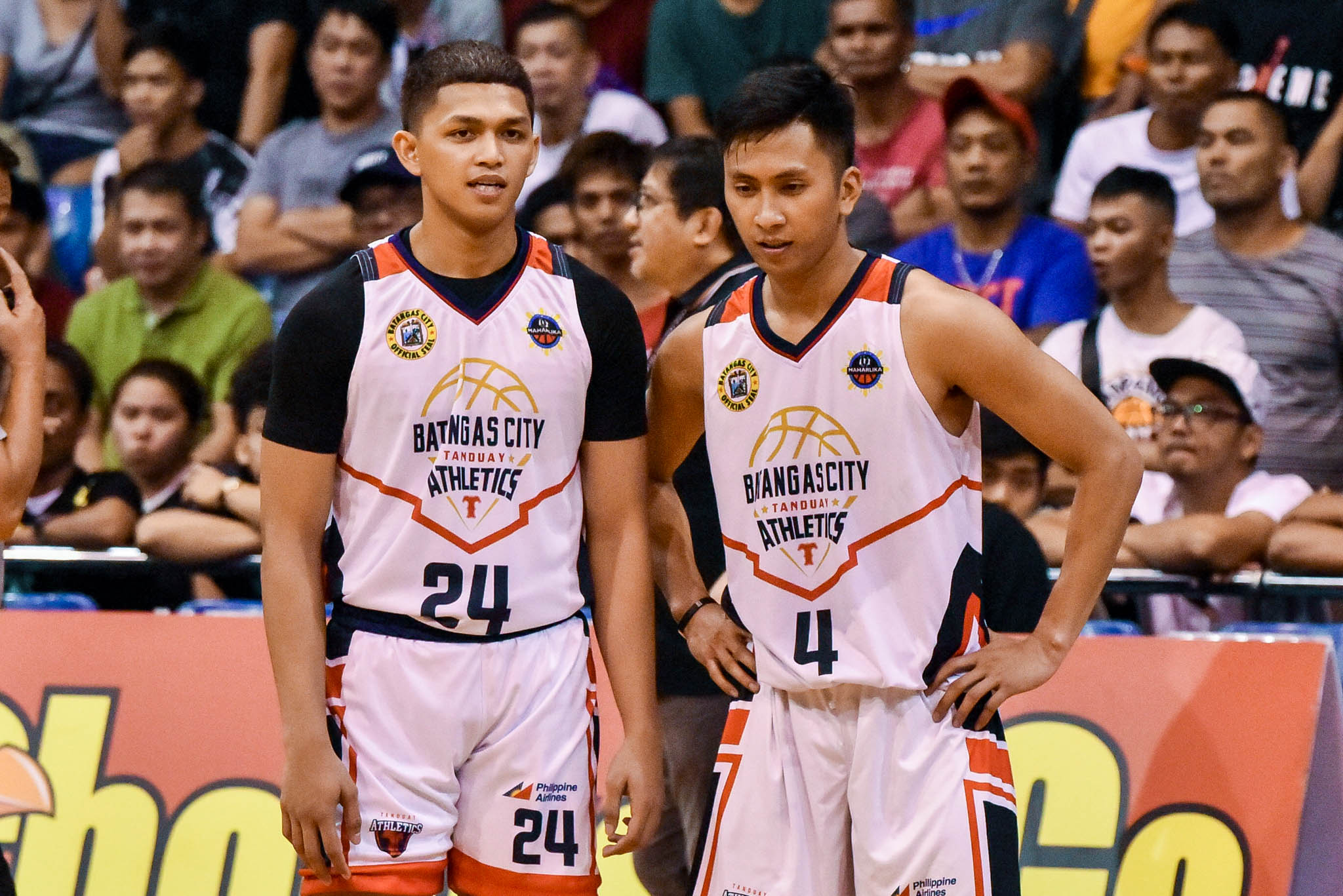 MPBL-2019-2020-Batangas-vs.-Pampanga-6TH-PHOTO-Jaydee-TUNGCAB-REY-SUERTE-BATANAGAS Jaydee Tungcab applies for PBA Draft as B.League dream crushed by COVID-19 Basketball News PBA  - philippine sports news