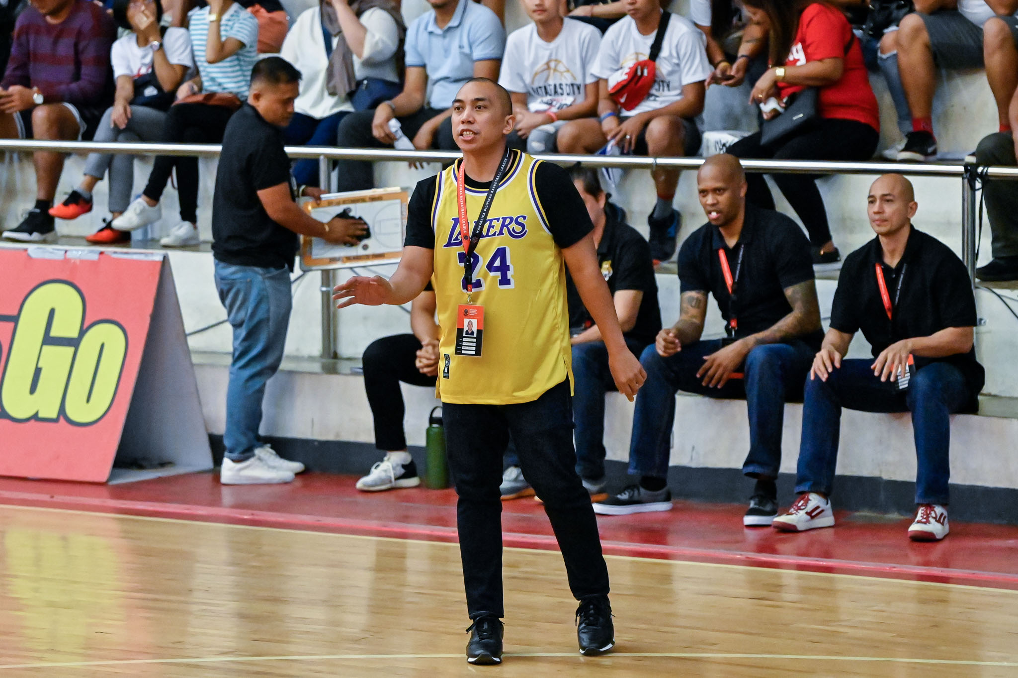 Tiebreaker Times LA-born coach Don Dulay wears Kobe Bryant jersey during Davao Occi game Basketball MPBL News  Kobe Bryant Don Dulay Davao Occidental Tigers 2019-20 MPBL Lakan Cup