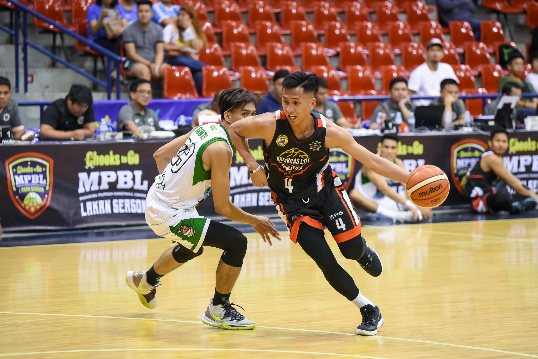 Tiebreaker Times Suerte delivers as Batangas escapes Navotas, creates logjam in MPBL North Basketball MPBL News  Woody Co Ryusei Koga Rey Suerte Navotas Clutch-Unipak Mark Guillen Jeff Viernes Jason Melano Elmer Cabahug Batangas City-Tanduay Athletics 2019-20 MPBL Lakan Cup