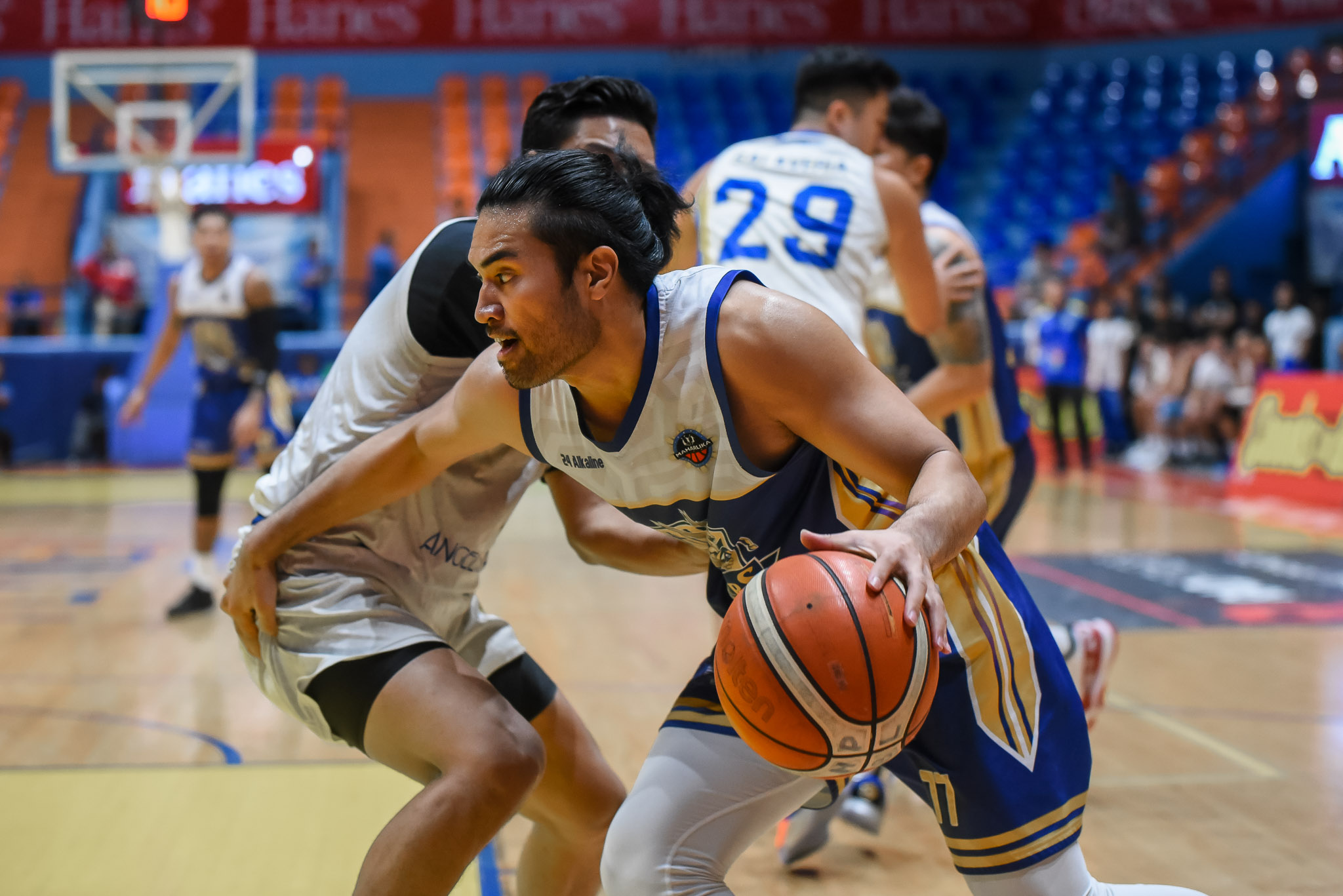 Tiebreaker Times Gab Banal steers Bacoor rout of Muntinlupa as MPBL King of the North race heats up Basketball MPBL News  RJ Ramirez Oping Sumalinog Muntinlupa Cagers Jamil Ortuoste Gab Banal Dave Moralde Chris Gavina Bacoor Strikers 2019-20 MPBL Lakan Cup