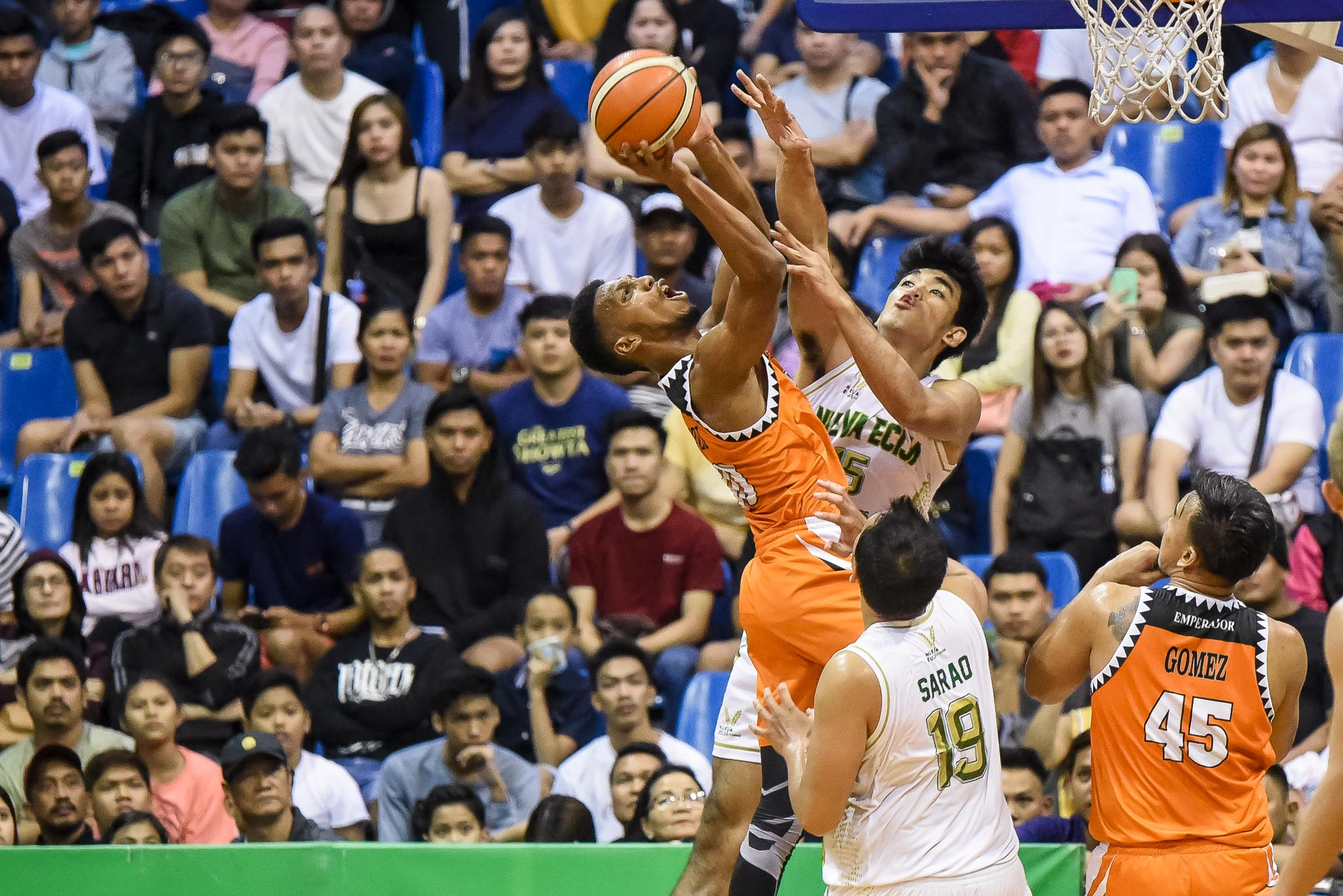 Tiebreaker Times Felix Apreku takes over late as Pampanga ends Nueva Ecija's MPBL playoff dream Basketball MPBL News  Pampanga Giant Green Lanterns Nueva Ecija Rice Vanguards Michael Juico Levi Hernandez Jepoy SARAO Jai Reyes Felix Apreku Bong Ramos 2019-20 MPBL Lakan Cup