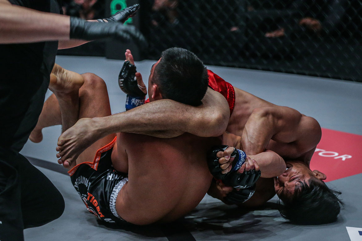 Tiebreaker Times ONE Fire and Fury: Lito Adiwang dominates Mitsatit for seventh straight win Mixed Martial Arts News ONE Championship  Team Lakay Pongsiri Mitsatit ONE: Fire and Fury Lito Adiwang
