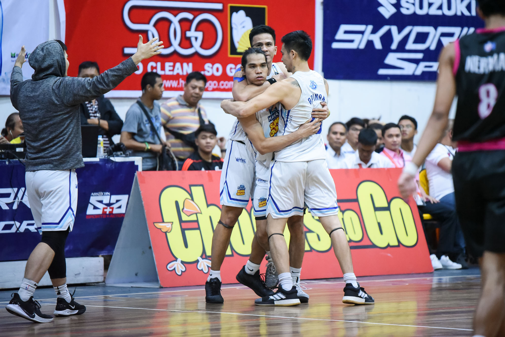 Tiebreaker Times Beaujing Acot turns things around just in time for Makati-Super Crunch Basketball MPBL News  Rhuel Acot Makati Super Crunch 2019-20 MPBL Lakan Cup