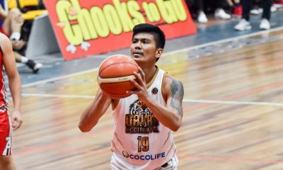 Tiebreaker Times Calo sinks miracle shot as Davao Occi averts Marikina upset to close out MPBL elims Basketball MPBL News  Yves Sazon Yvan Ludovice Von Tambeling Mark Yee Marikina Shoemasters Joseph Terso Emman Calo Don Dulay Davao Occidental Tigers Ato Ular 2019-20 MPBL Lakan Cup