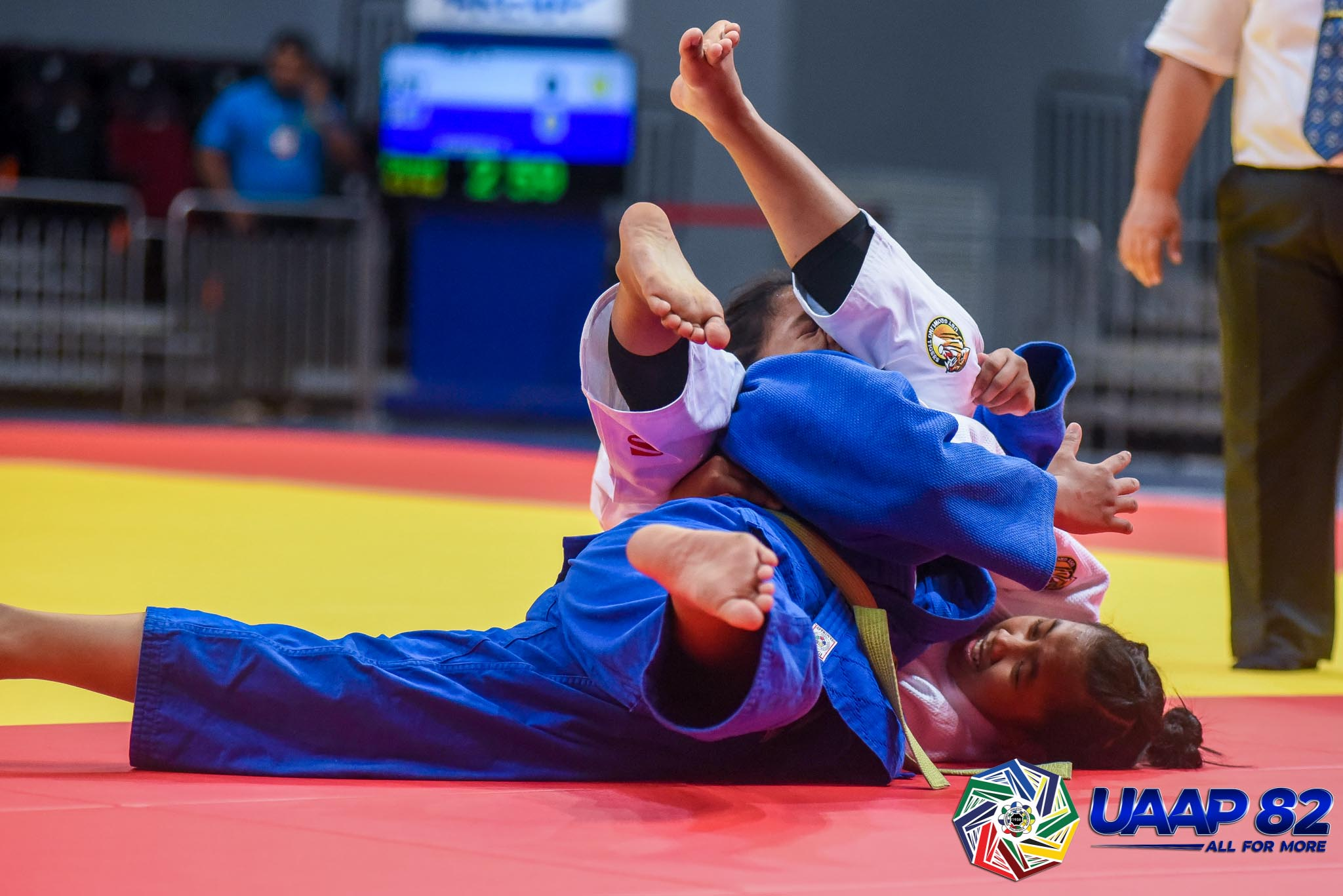 UAAP82-JUDO-JRS-63KG-GIRLS-1ST-PHOTO-WHITE-IMAI-UST-BLUE-RAMOS-ADMU Donaire, Saria lead DLSZ to surprising start in UAAP 82 HS Judo as Quimba sisters give UST early lead ADMU DLSU FEU Judo News UAAP UE UST  - philippine sports news