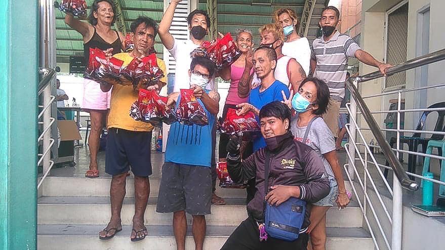 CTG-Covid-19-Food-Donation-DLSU-4835 DLSU's Razon Sports Complex, CSB's courts house homeless during ECQ CSB DLSU NCAA News UAAP  - philippine sports news