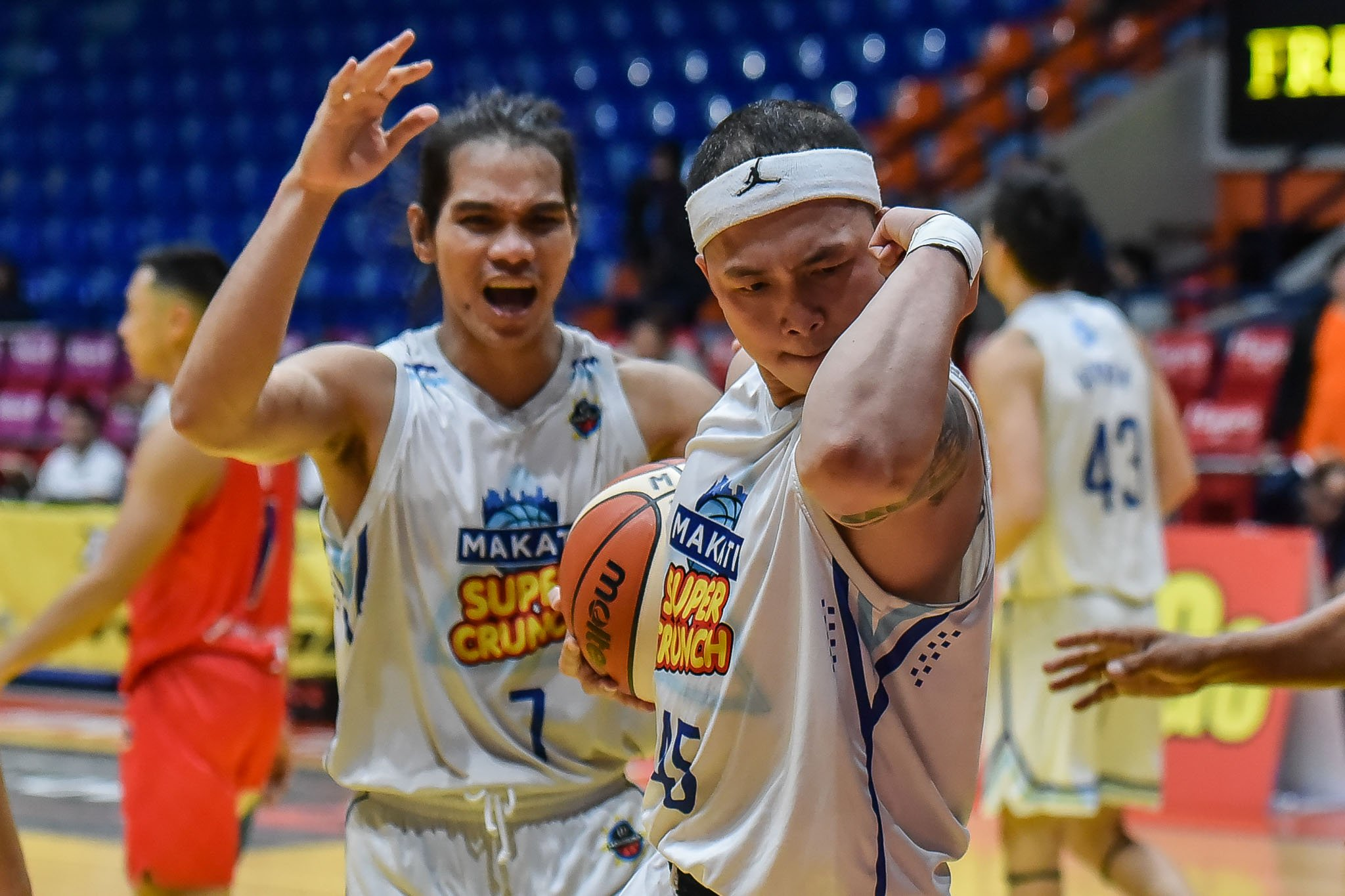 Tiebreaker Times Jong Baloria glad to hit MPBL milestone, give Makati another shot in one game Basketball MPBL News  Makati Super Crunch Juneric Baloria 2019-20 MPBL Lakan Cup