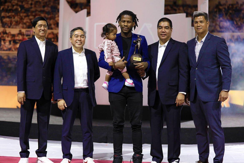 Tiebreaker Times CJ Perez on winning ROY: 'Nadadagdagan 'yung gutom ko' Basketball News PBA  PBA Season 44 CJ Perez 2019 PBA Leo Awards