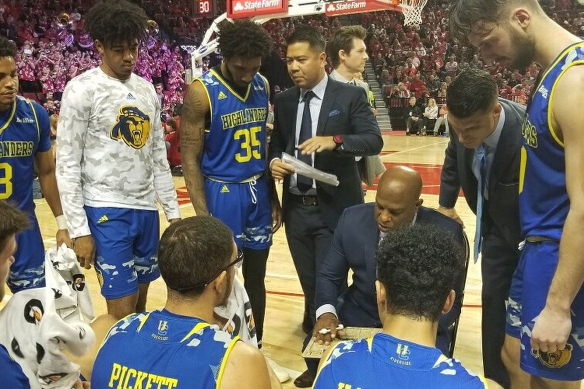 Tiebreaker Times Race not a hindrance for Mike Magpayo: 'If you're a good coach, it doesn't matter' Basketball News  UC-Riverside Highlanders Mike Magpayo Asian Coaches Association