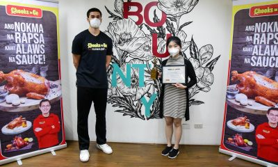 Tiebreaker Times Kobe Paras fetes nurse Lorraine Pingol with Manok ng Bayan award Branded Content News  Lorraine Pingol Kobe Paras Coronavirus Pandemic