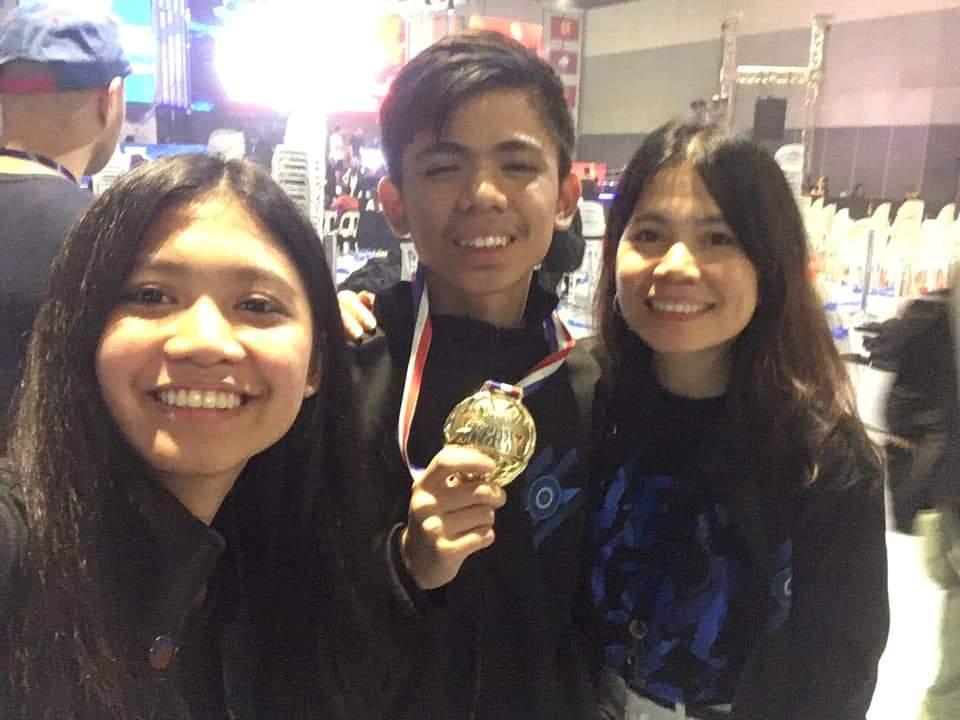 Kielvj-Family At 15, Kielvj helping sister land in dream school UST ESports Mobile Legends News  - philippine sports news