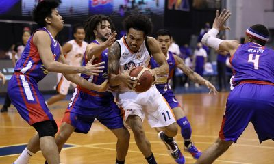 Tiebreaker Times Newsome goes from goat to hero as Meralco outlasts Magnolia in first PBA Bubble OT Basketball News PBA  Trevis Jackson Reynel Hugnatan PBA Season 45 Paul Lee Norman Black Meralco Bolts Mark Barroca Magnolia Hotshots Jio Jalalon Jackson Corpuz Coronavirus Pandemic Cliff Hodge Chris Newsome Chris Banchero Chito Victolero Aaron Black