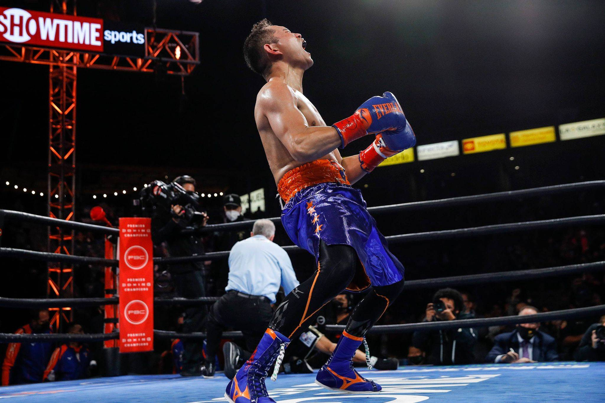 Nonito-Donaire-def-Nordine-Oubaali Donaire challenges Inoue to sequel of 2019 classic Boxing News  - philippine sports news