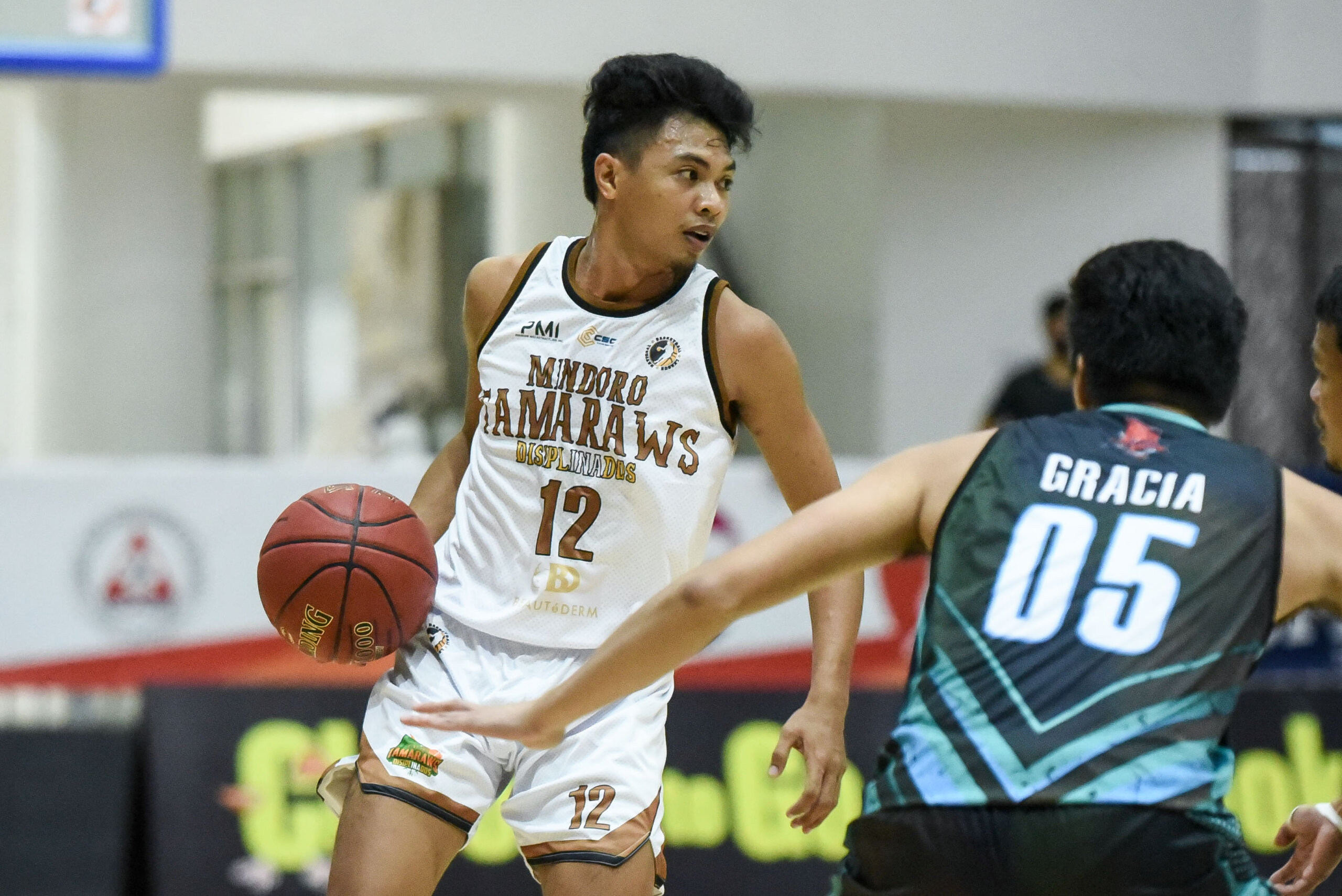 2021-Chooks-to-Go-NBL-Mindoro-def-Zamboanga-Jhon-Caspe-scaled La Union opens NBL redemption campaign with 30-point rout of Laguna Basketball NBL News  - philippine sports news