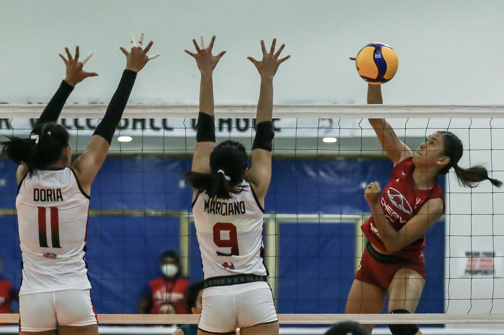 2021-PVL-Open-Chery-Tiggo-vs-Cignal-Arianne-Layug Yhan Layug uses struggles during pandemic as motivation in PVL News PVL Volleyball  - philippine sports news