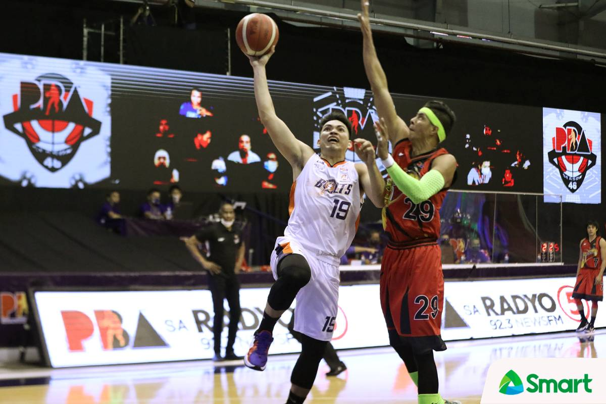 2021-pba-philippine-cup-meralco-def-san-miguel-bong-quinto Pinto, Quinto put in off-season work, show up vs San Miguel Basketball News PBA  - philippine sports news