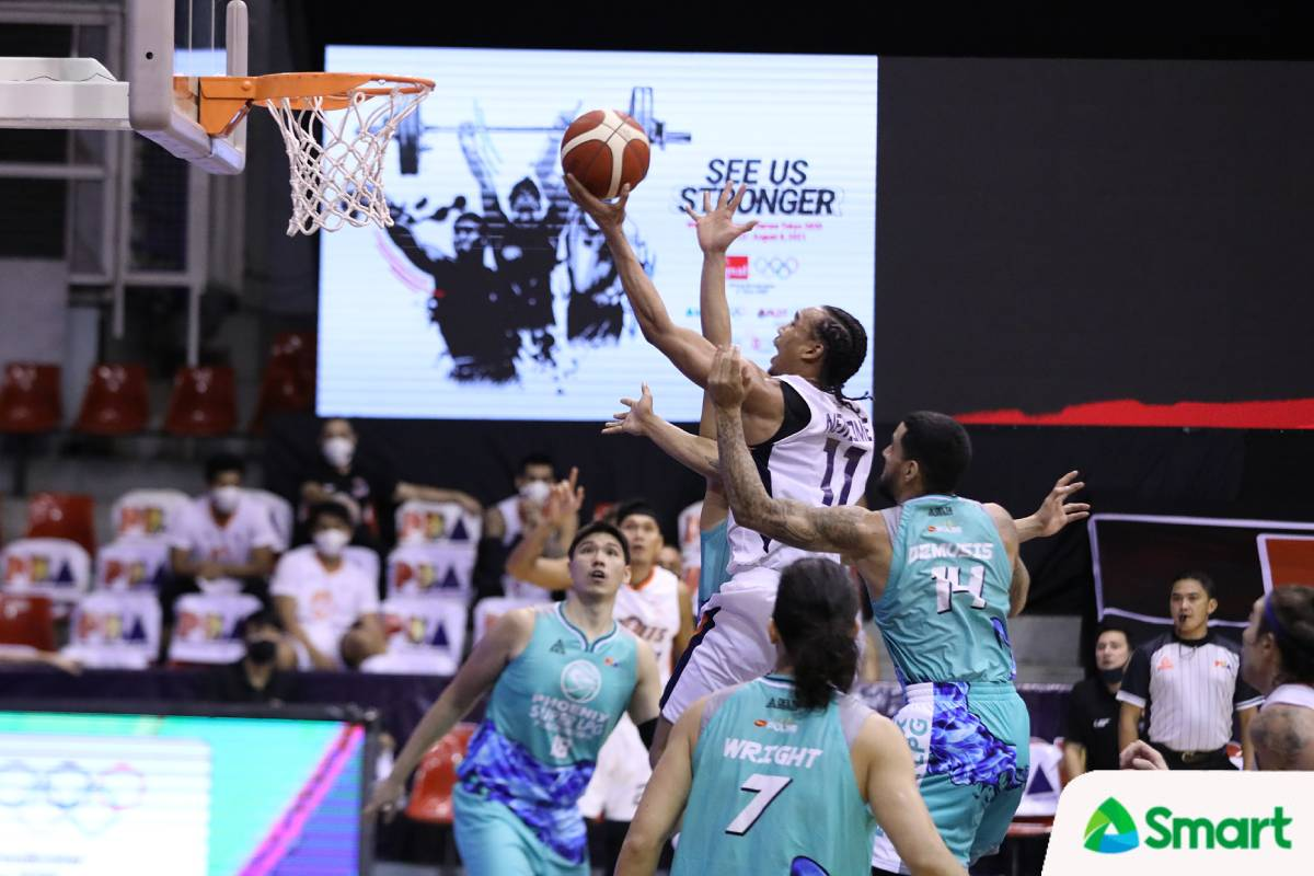2021-pba-philippine-cup-meralco-vs-phoenix-chris-newsome Meralco relieved after game vs Phoenix was not called off Basketball News PBA  - philippine sports news