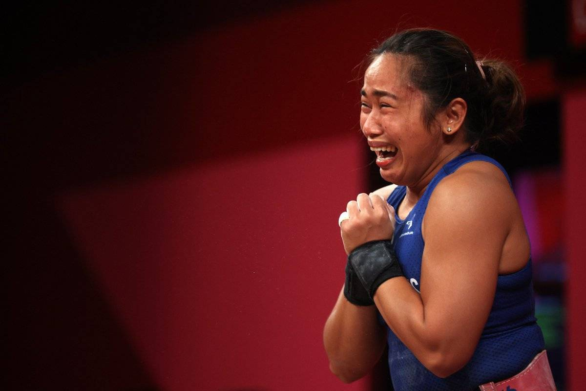 Hidilyn Diaz gives the Philippines its first-ever Olympic gold