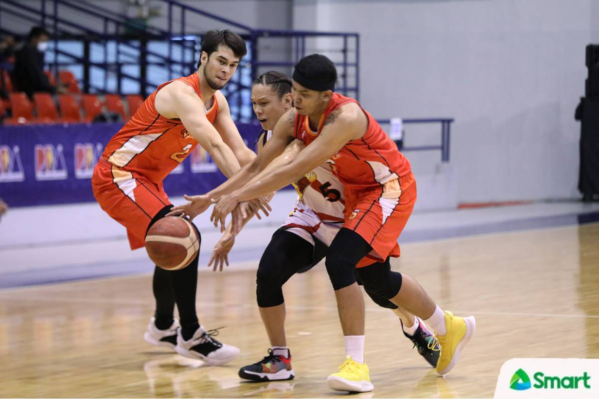 2021-PBA-Philippine-Cup-Northport-vs-San-Miguel-Alex-Cabagnot Austria looking at Zamar, others as SMB backcourt hit with injuries Basketball News PBA  - philippine sports news