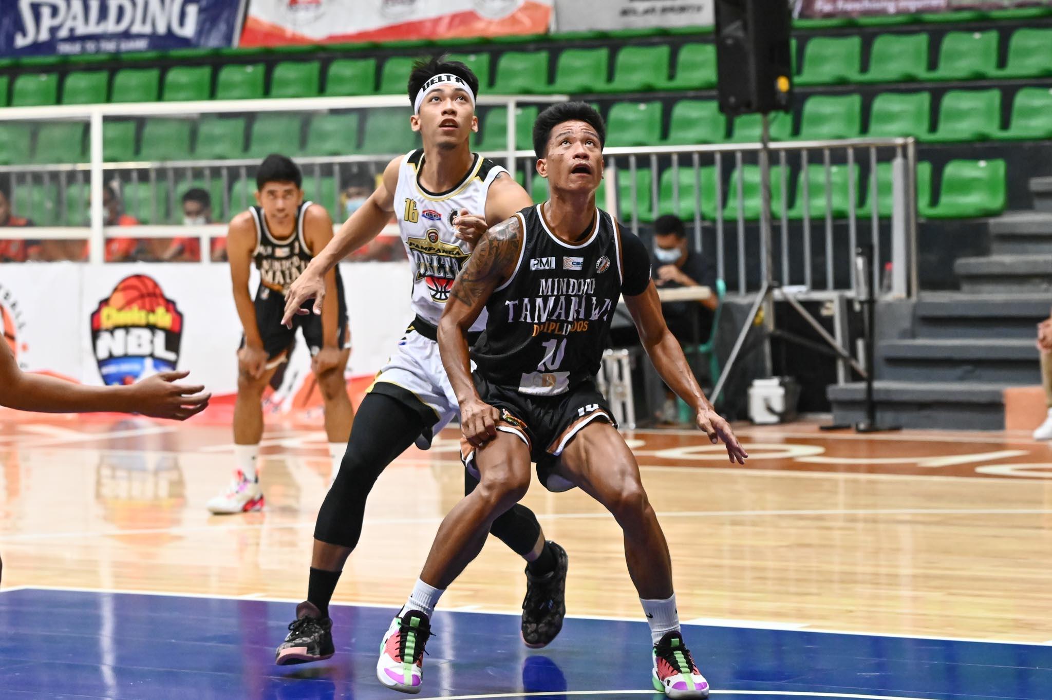 2021-Chooks-NBL-Pampanga-vs-Mindoro-RHANZELLE-YONG-AGAPITO-BERNAL Serrano shines as Pampanga dehorns Mindoro to open NBL back-to-back bid Basketball NBL News  - philippine sports news