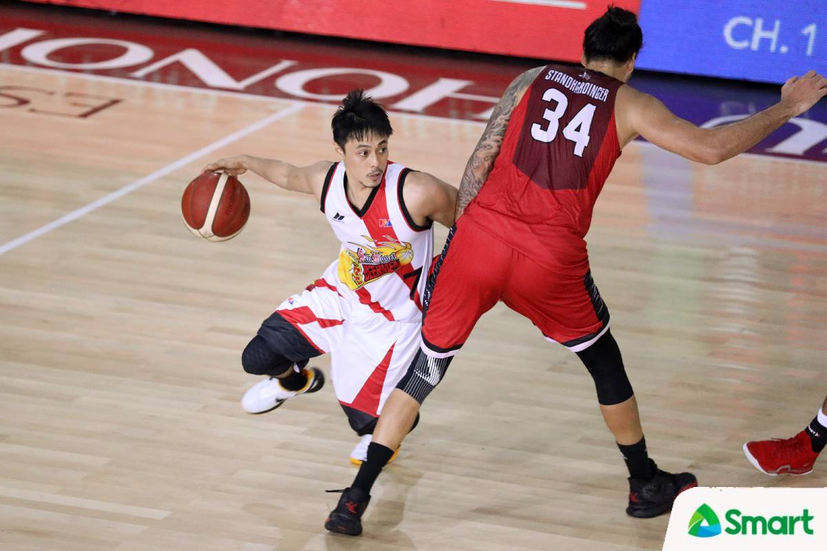 2021-pba-philippine-cup-san-miguel-vs-ginebra-Terrence-Romeo-2 SMB breathes sigh of relief as Romeo spared from major injury Basketball News PBA  - philippine sports news