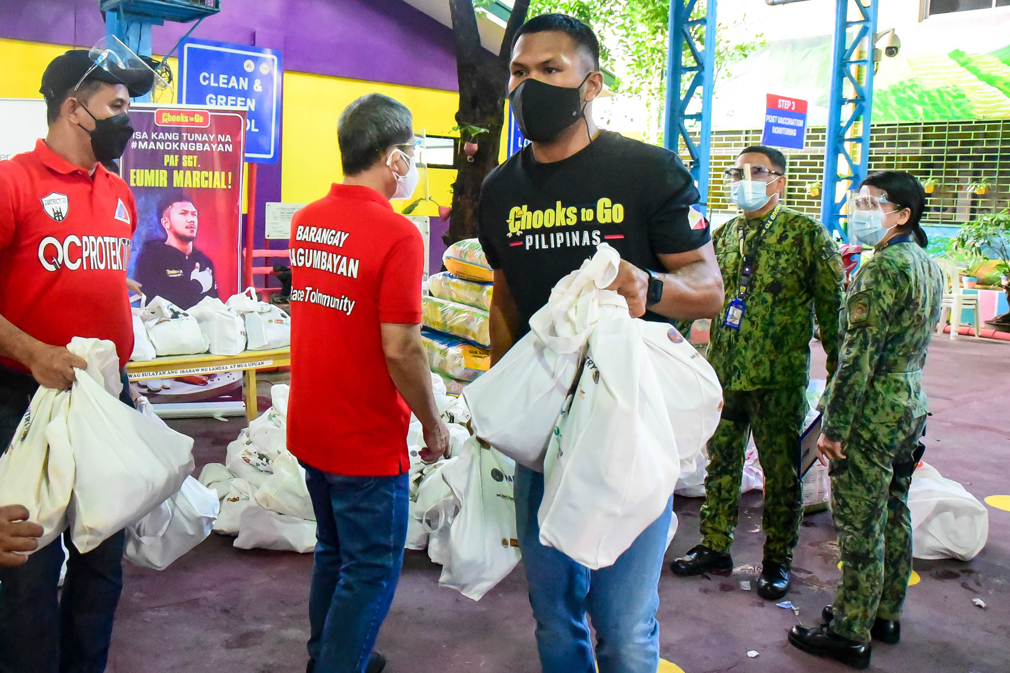 Chooks-to-Go-Eumir-Marcial-PAF-Community-Pantry-2 Marcial, Chooks-to-Go give back through PAF community pantry Boxing News  - philippine sports news